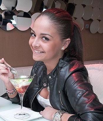 Nikolaev-tour.com - Beautiful internet girl