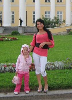 Beautiful women pictures - Nikolaev-tour.com