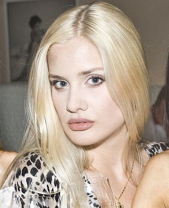 Looking for woman - Nikolaev-tour.com